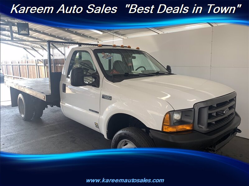 Pre-Owned 2001 Ford Super Duty F-550
