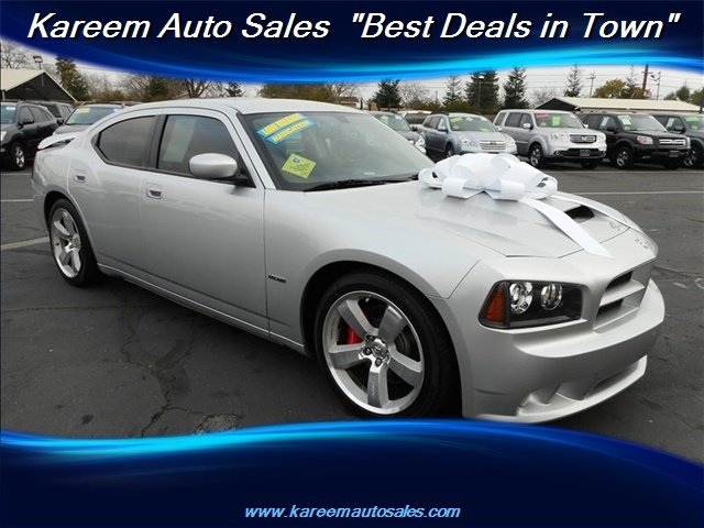 Pre-Owned 2010 Dodge Charger SRT8