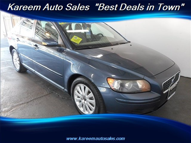 Pre-Owned 2005 Volvo S40 2.4i